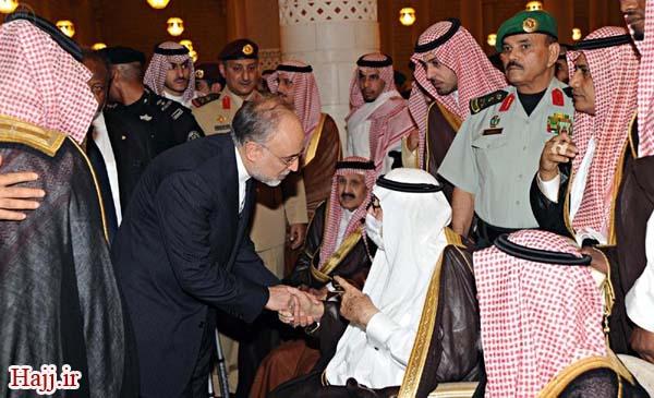 عکس/خم شدن صالحی در مقابل شاه سعودی