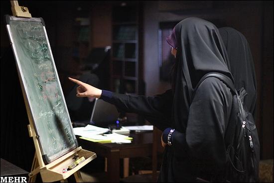 در تنها کافه زنانه ایران چه خبر است؟ + عکس