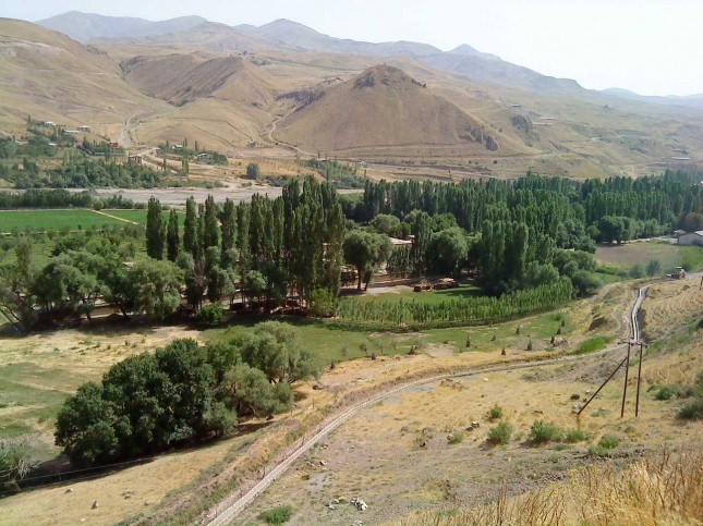 Image result for ‫روستای ایستا طالقان‬‎