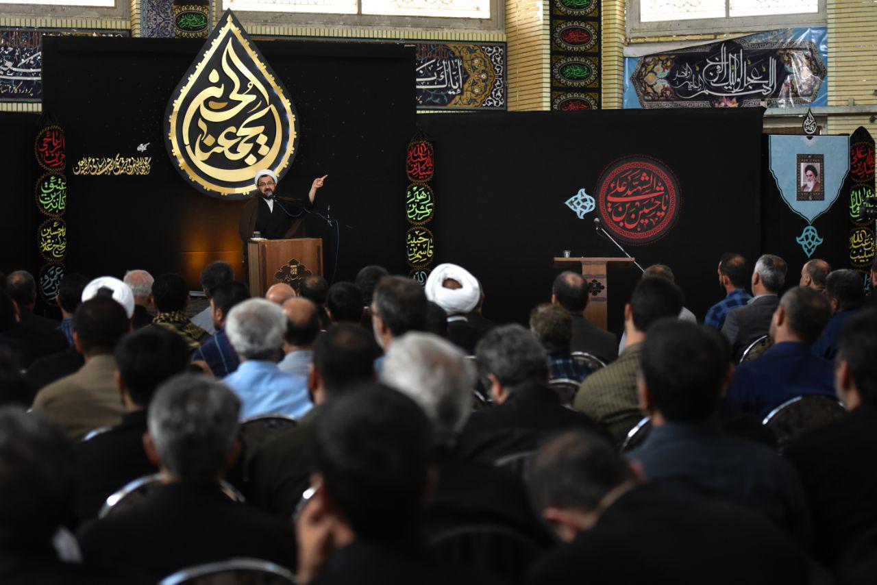 %فاطر24- اربعین انقلاب اسلامی در اربعین حسینی(ع) متجلی می شود