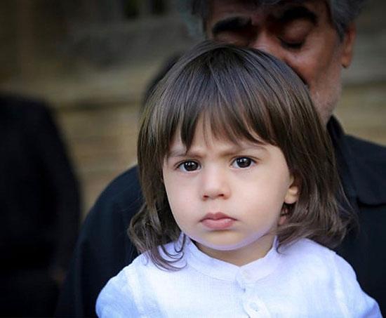 پسر مرحوم بهنام صفوی در مراسم تشییع پدر +عکس